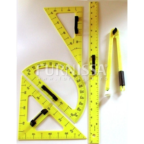 Set instrumente de trasat pe tabla