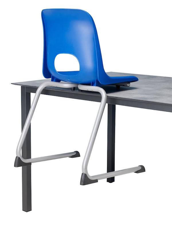 scaun scolar detaliu